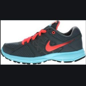 Nike Air Relentless 2 Tennis Shoes